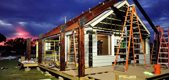 "Modular Homes vs. Manufactured Home: ""Pre-built"" Housing Explanations"