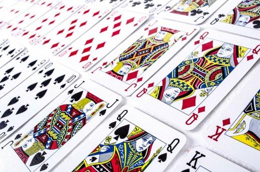 Jeu de cartes trié et classé - Système PAO