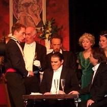 opera traviata, politesse opéra et théatre, art de vivre étiquette politesse protocole savoir-vivre apprendre les bonnes manières gala,terie séduire lady gentleman femme kate middleton prince roi château noblesse
