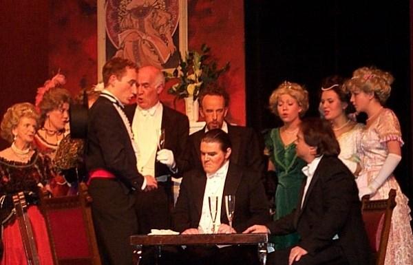 opera traviata, politesse opéra et théatre, art de vivre
