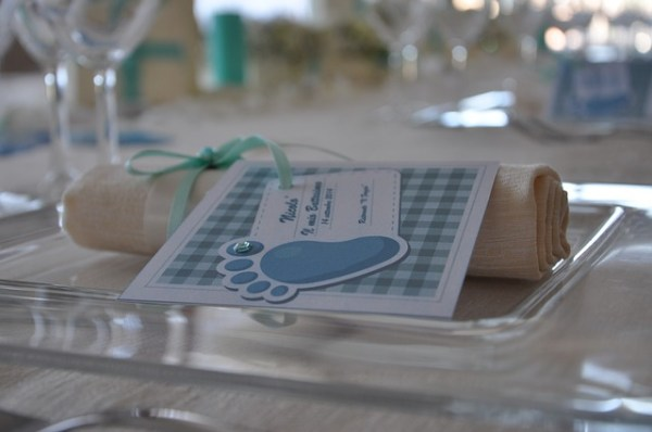 baptême plan de table, étiquette, recevoir baptême règles, bonnes manières baptême bébé, déco baptême, savoir-vivre baptême, cérémonie baptême