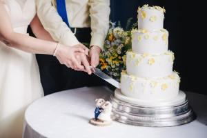marié 5 marié 1 Mariage, dépenses, voile, retard du marié, cortège de sortie… en 1962 ! protocole usages bienséance courtoisie