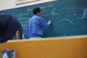 imposer le savoir-vivre de force college université protocole bonnes manières usages aristocratie coach expert étiquette  codes