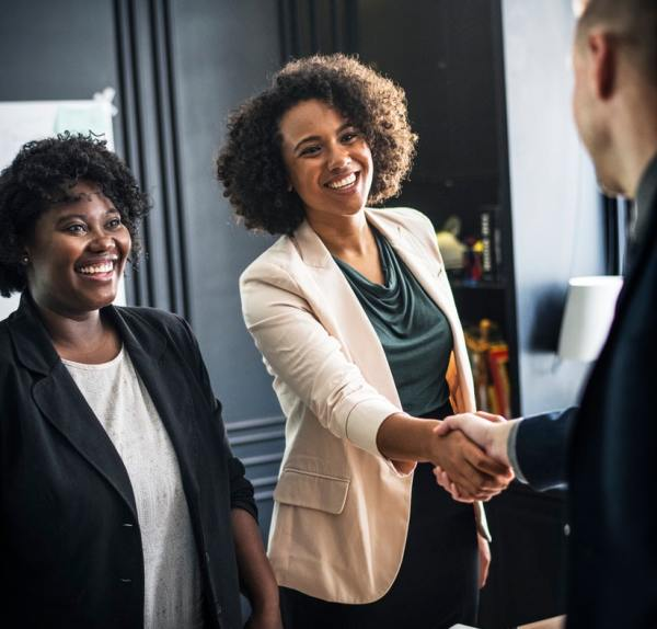 tutoiement 2 vouvoiement protocole netiquette etiquette politesse courtoisie travail bureau