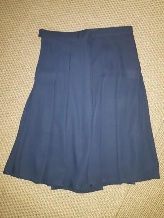 jupe 3 jupe 2 jupe 1 jupe midi comment s'habiller comme une lady femme élégance décence pas cher minimalisme kate middleton robe rouge ok