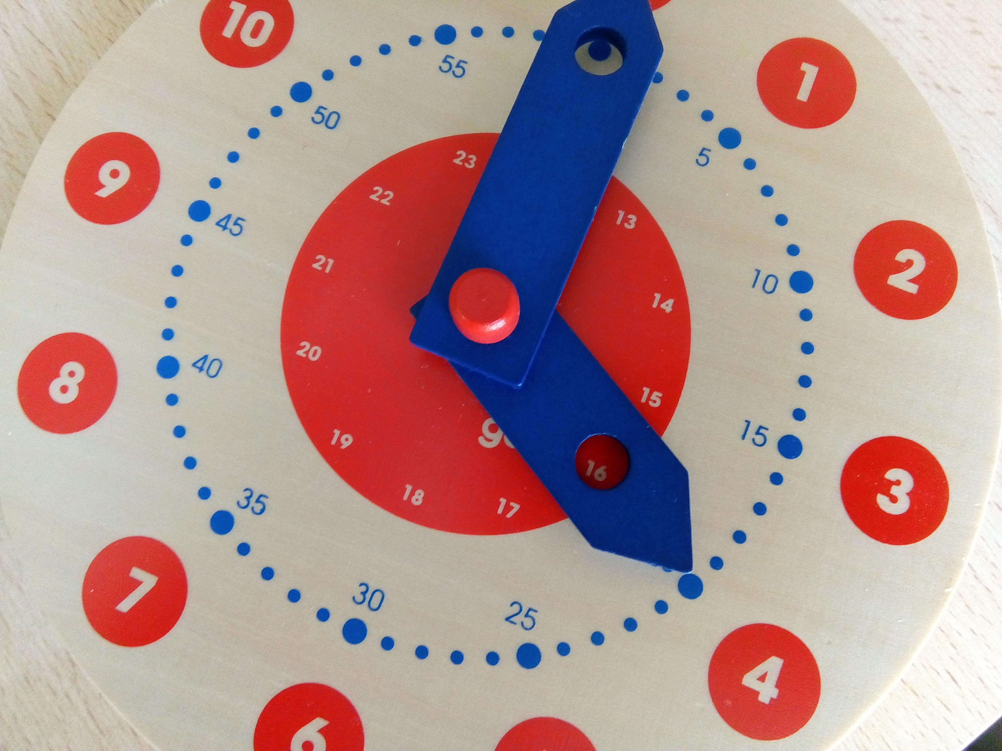 horloge bois apprentissage heure