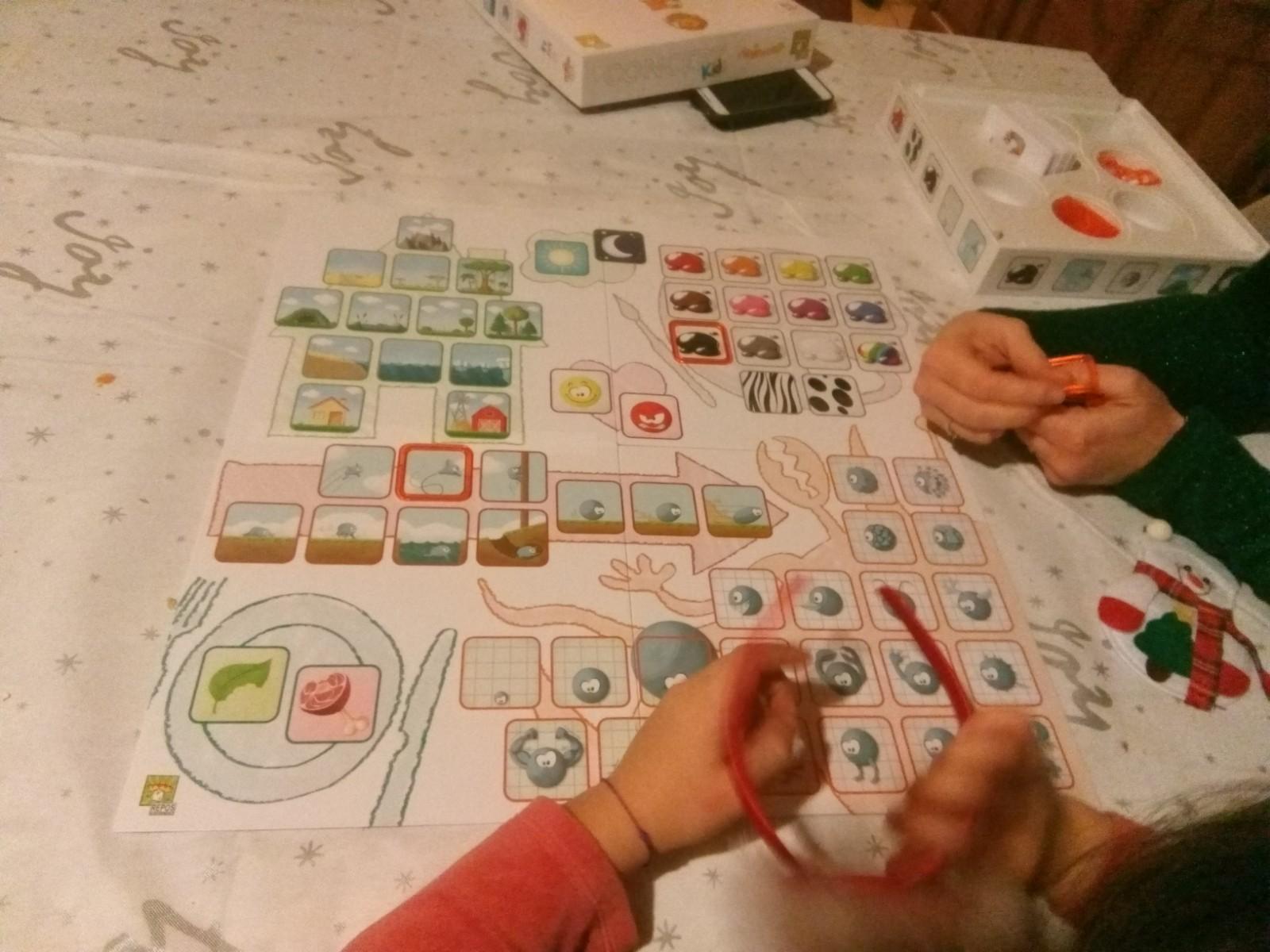 jeu-concept-enfants réflexion