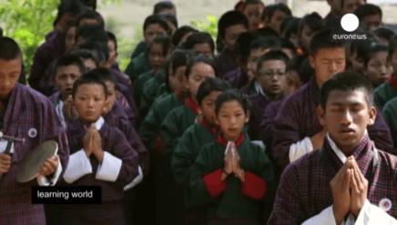 éducation positive à l'école méditation Bouthan