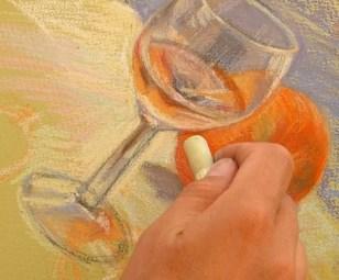 peindre un verre transparent au pastel. le verre avec des réflexes presque fini