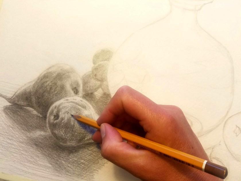 Tenir un crayon pour dessiner. Deuxième position