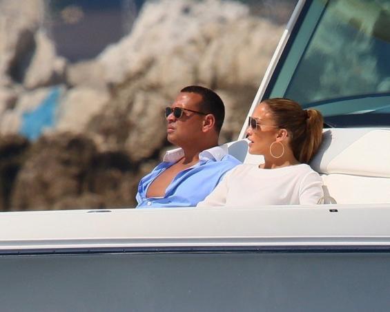 Џенифер Лопез и Алекс Родригез во Франција