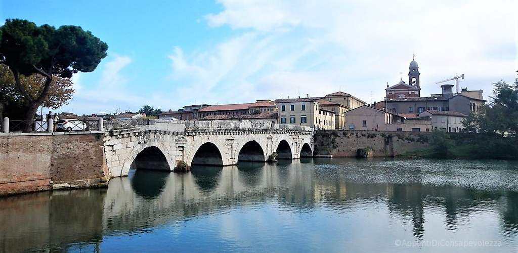 Cosa vedere a Rimini in un giorno - Ponte di Tiberio