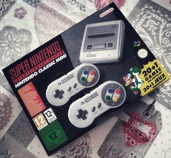 [Shopping] Super Nintendo Entertainment System – Nintendo Classic Mini
