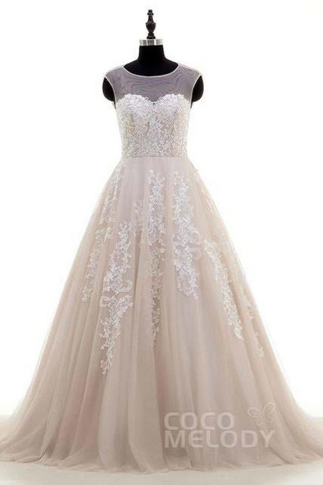 Amazing backless Wedding Dresses on Cocomelody 3 abiti da cerimonia