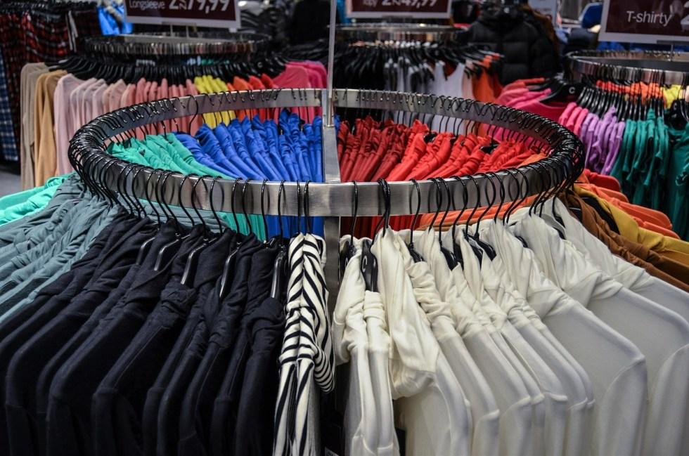 """Decisão de compra: oferecer muitas escolhas pode """"travar"""" os consumidores"""