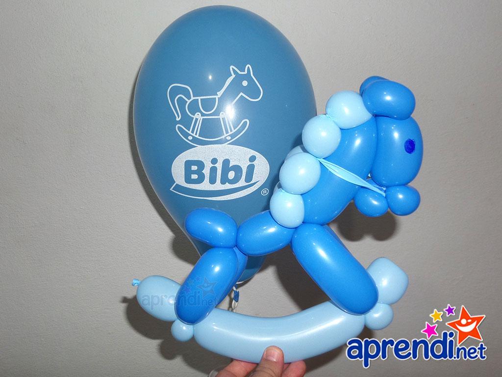 escultura-baloes-cavalo-de-balanco-bibi-calcados