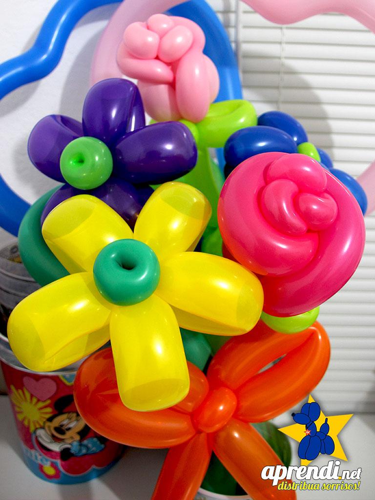 Cesta de Flores de Balões