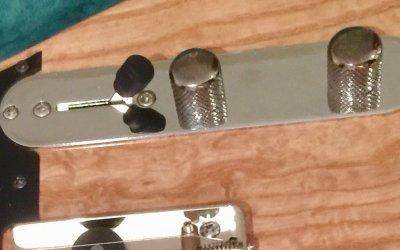 ¿Cómo afectan los potenciómetros al tono de la guitarra?