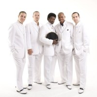 Quinteto em Branco e Preto