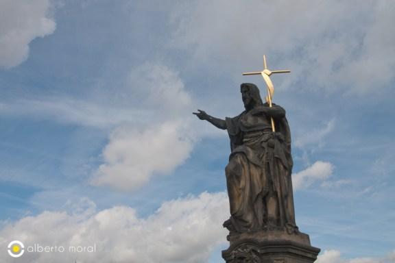 Praga - estatua