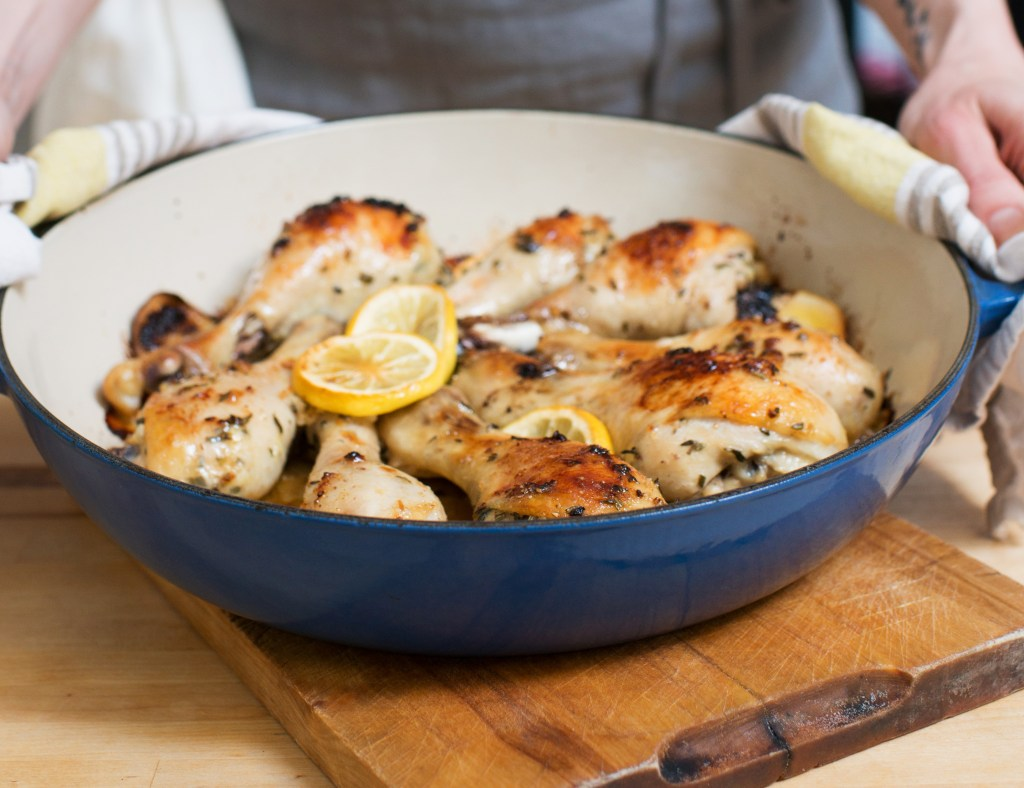 One pot chicken recipe for easy weeknight meal for busy working moms and dads on Maybrooks, a career resource for moms