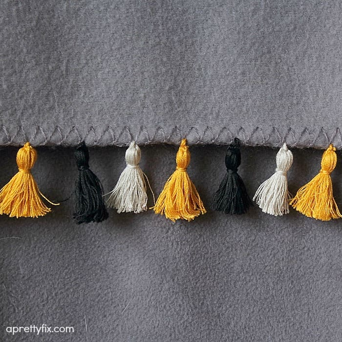 DIY mini tassel fringe - up close