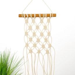 DIY mini macrame wall hanging - featured image.