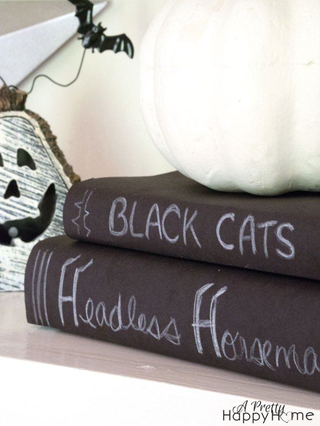 halloweenshelves3