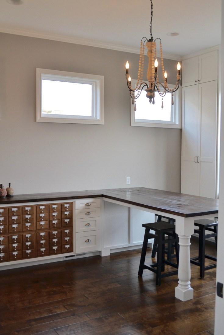 Easy DIY craft room