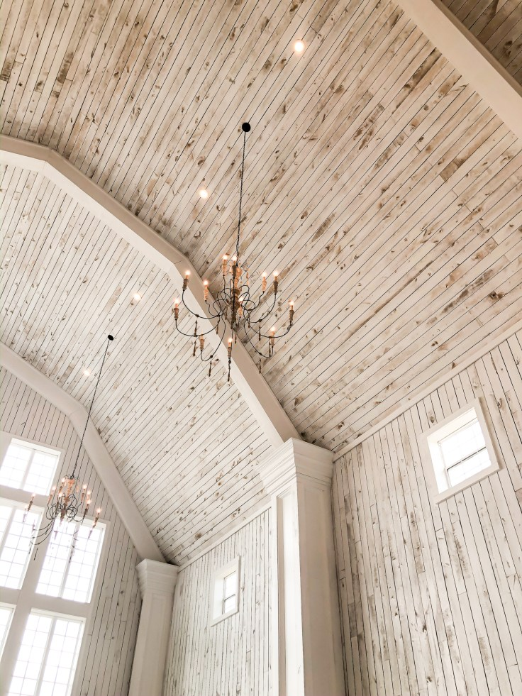 Interior White Sparrow Barn