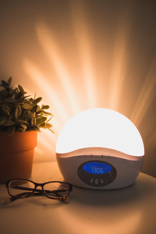Lumie Sunrise Wakeup Light - How to help with SAD