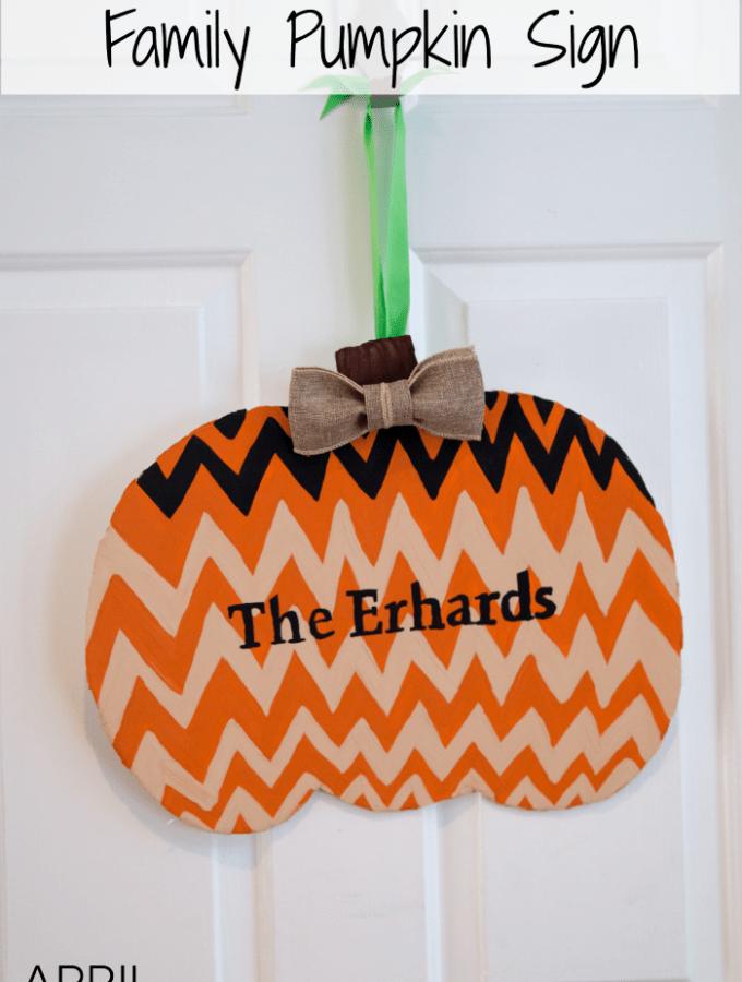 Family Pumpkin Sign