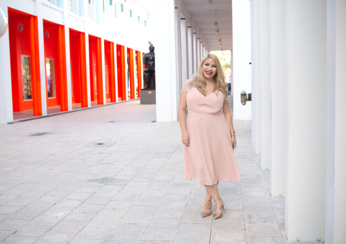 Miami Design District Fashion - New Year's Eve Dress Ideas - choose a meaningful color - pink for prosperity