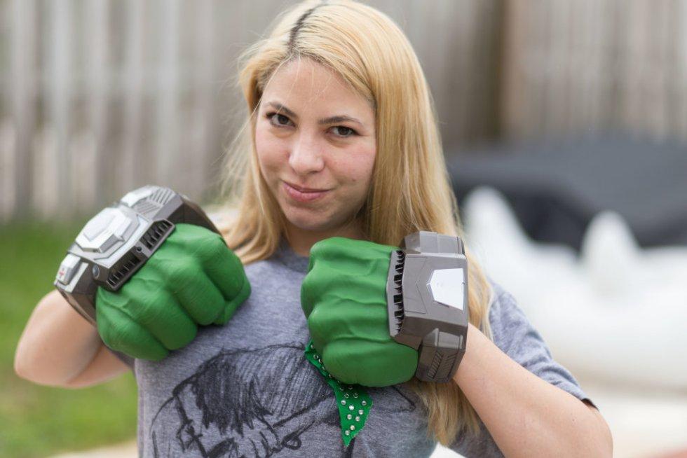 Playmation Hulk Hands
