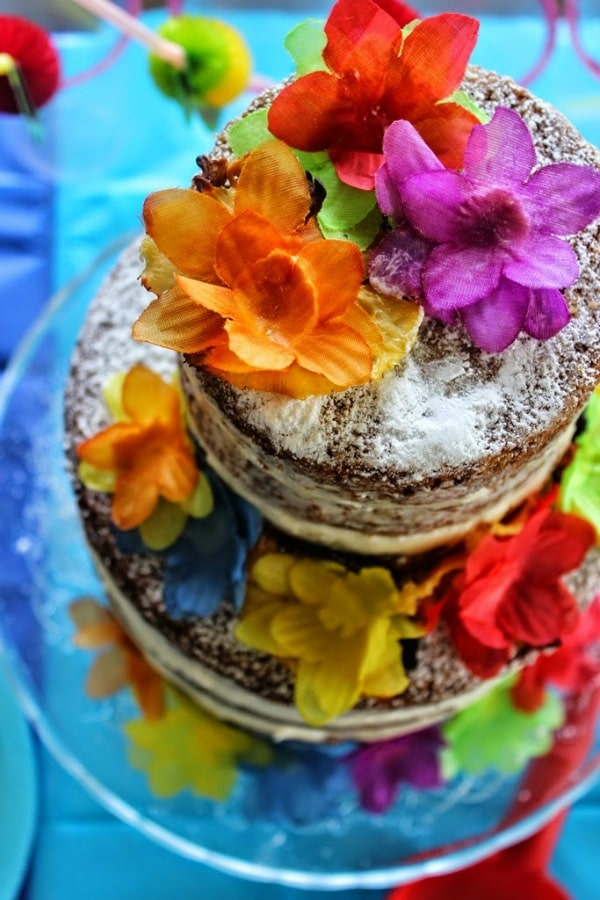 Hawaiian Birthday Party from Flavours and Frosting