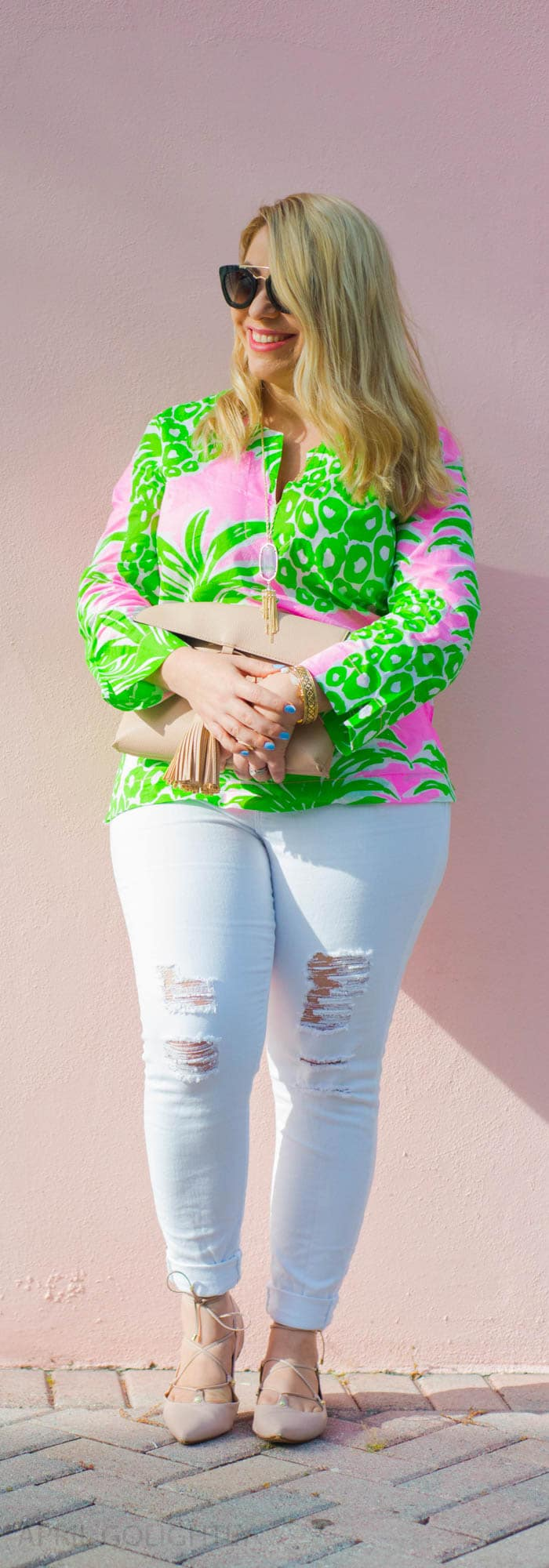 Cooler in Cotton Lilly Pulitzer Tunic Top and white jeans (1 of 1)-2