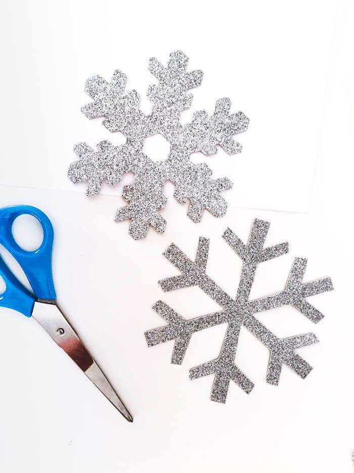 snow-flake-garland-3-of-11