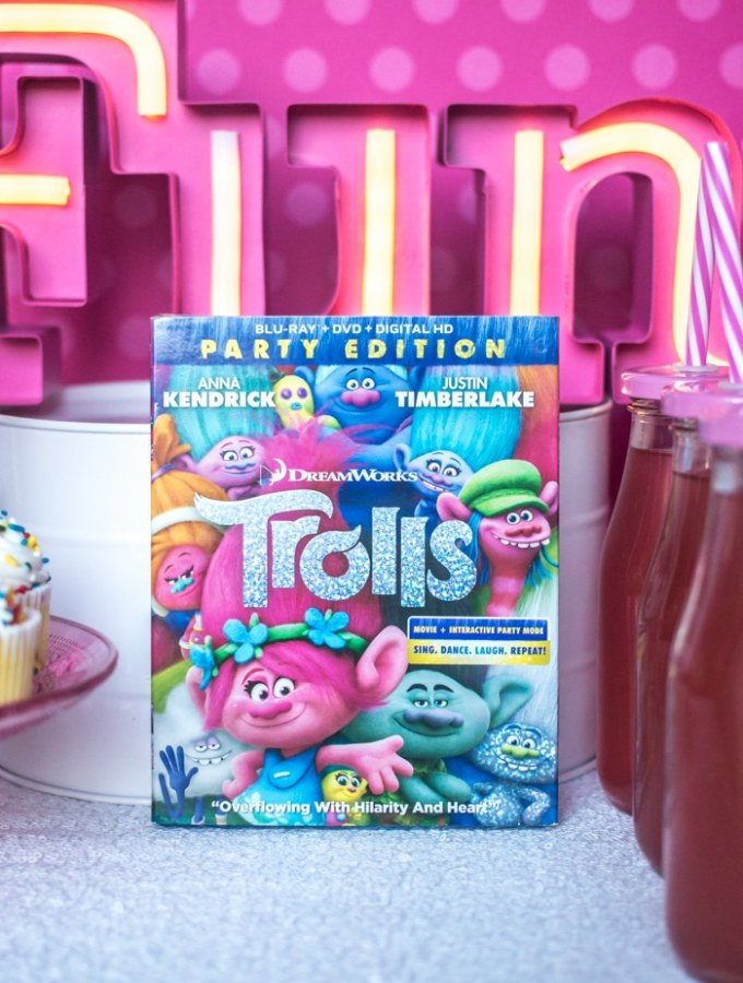 DreamWorks Trolls Party Edition – Princess Poppy Inspired DIY Headbands