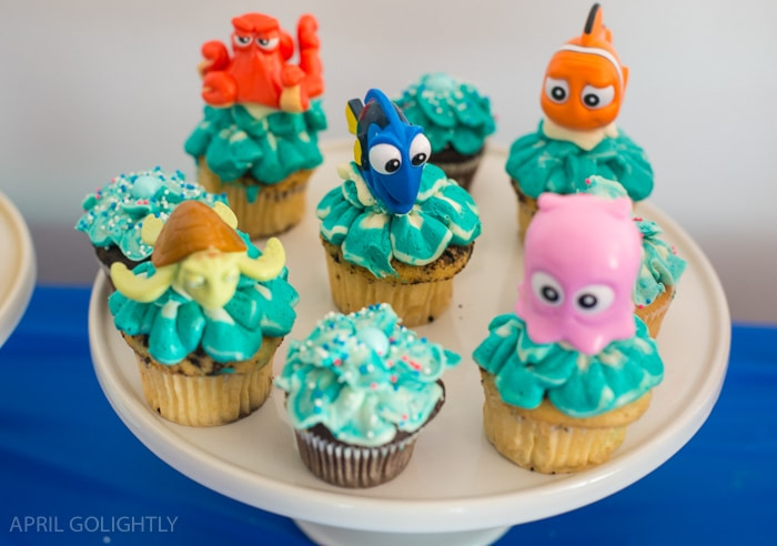 Dory Birthday Party Ideas with cute cupcakes