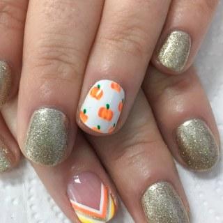 Thanksgiving Pumpkin Nail Art Design for fall
