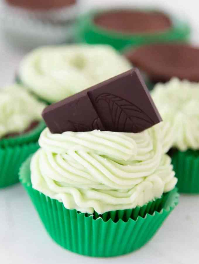 Keto Mint Chocolate Cupcakes Recipe