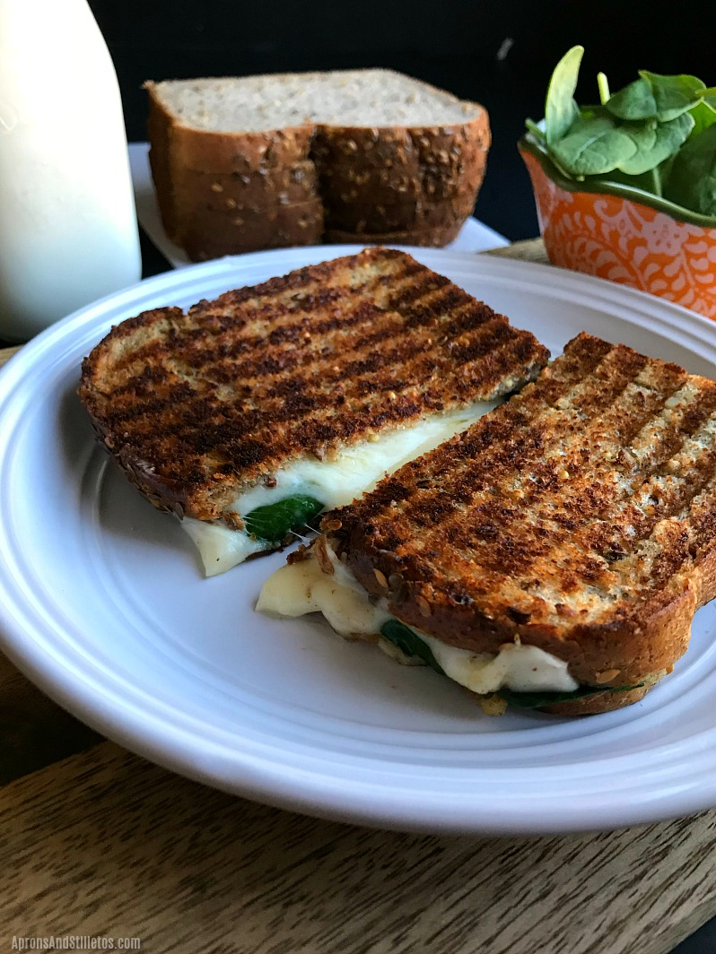 Cheesiest Grilled Cheese and Spinach Sandwich