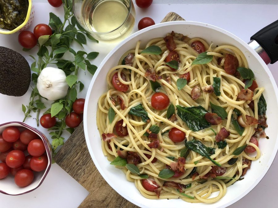 Cheese and Spinach Bucatini with Bacon and Garlic Cream Sauce