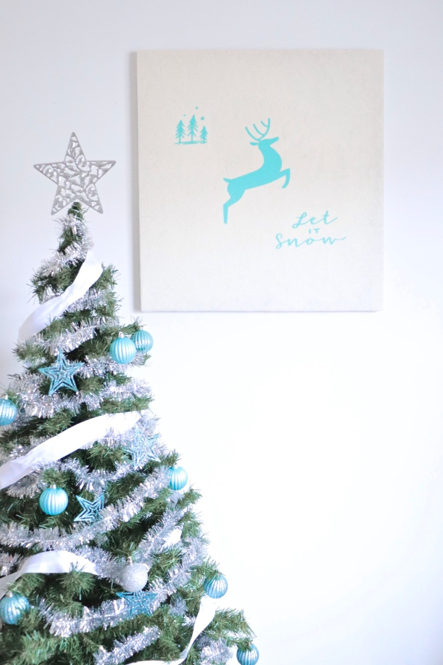 "DIY Framed ""Let It Snow"" Print"