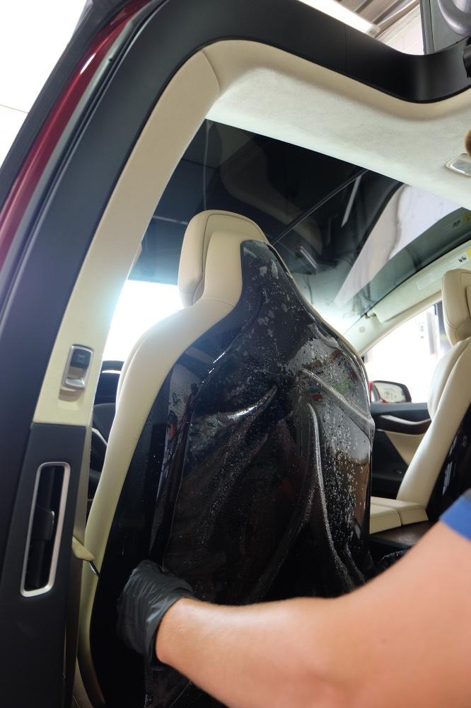 Tesla Model X wrap of bucket seats