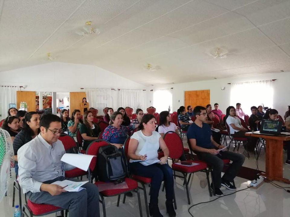 """Funcionarios de la Red Comunal de Salud participan del curso """"Mayor Satisfacción Usuaria"""""""