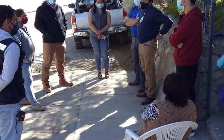 Alcalde Camilo Ossandón visita Las Ramadas de Tulahuén para informar remodelación de su PSR