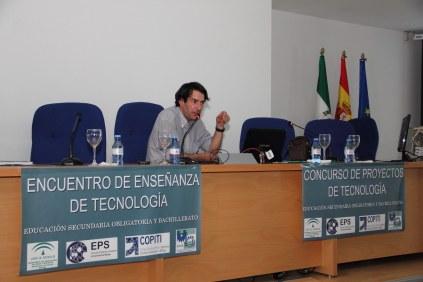 José María Muñoz durante su ponencia.