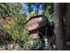 2454 Redwood Drive