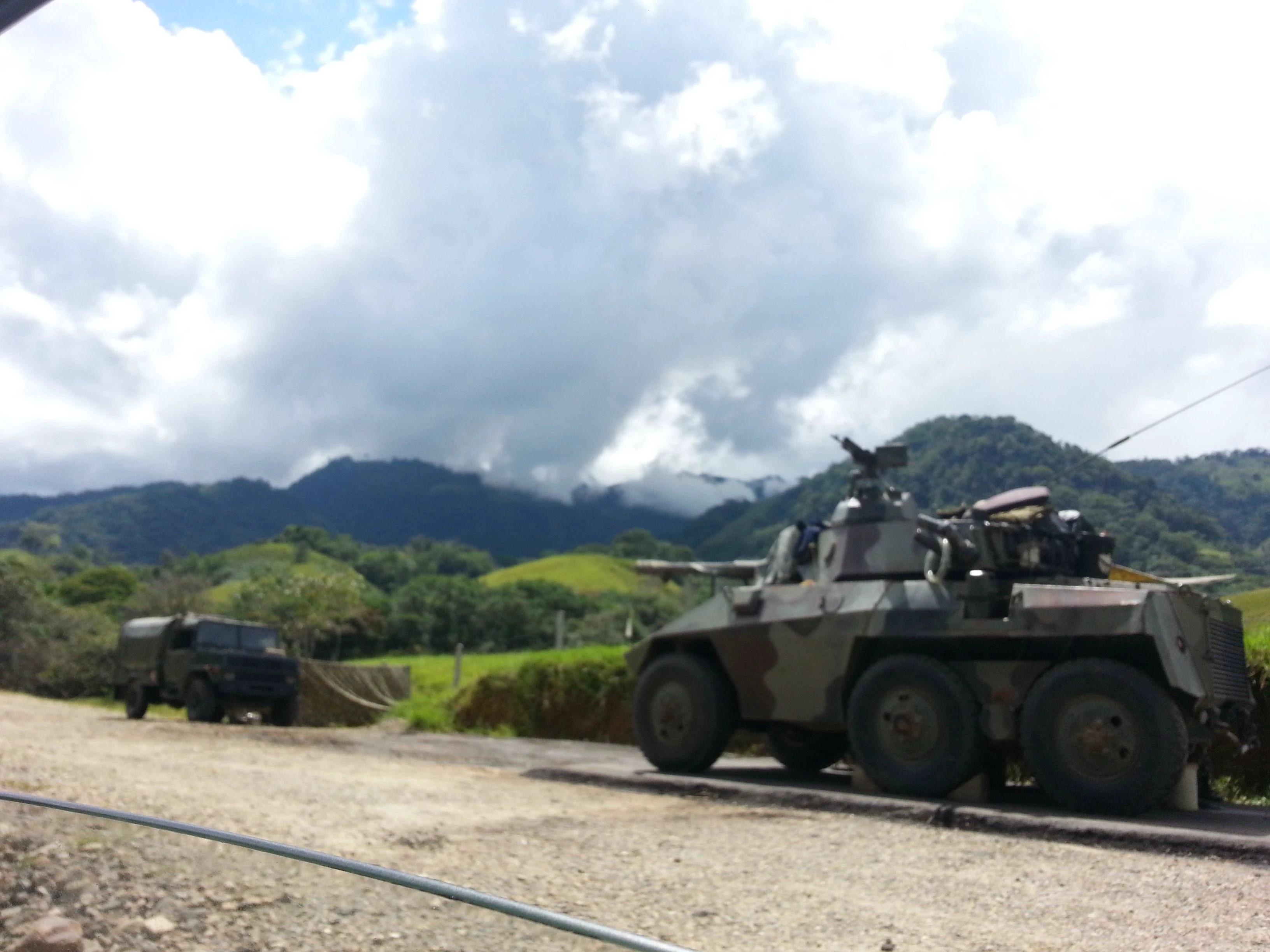 A presença militar na Amazônia colombiana é ostensiva. Intensidade do combate às FARC nos últimos anos foi acompanhado pela chegada da indústria do petróleo. Foto: Giovanny Vera/InfoAmazonia